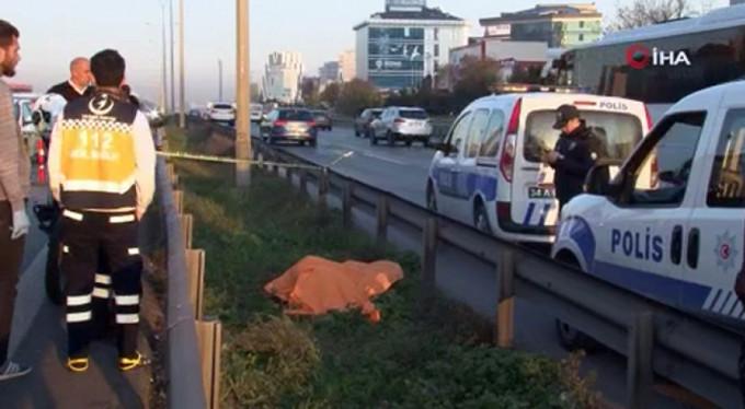 Şoke eden ölüm! Trafikteki sürücüler fark etti...