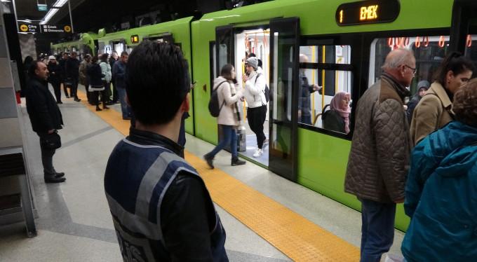 Bursa'da metro istasyonlarında sıkı denetim!