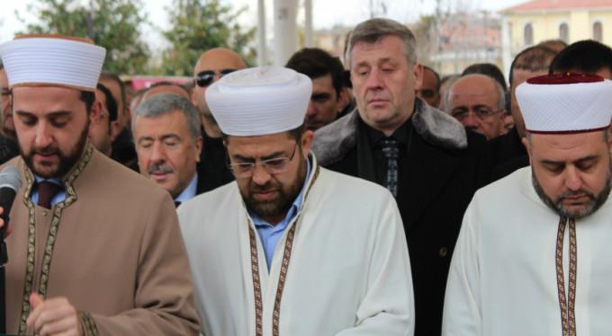 Metin Şentürk'ün babasına acı veda