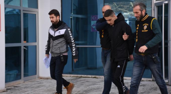 Bursa'da silahlı soygun! Bakın nasıl yakalandı