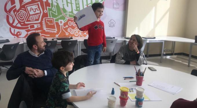 Uğur Okulları'nda yaratıcı aileler, uğurlu minikler