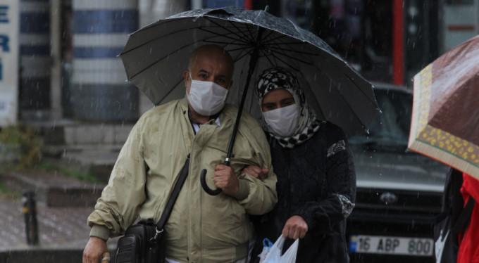 Bursa'da önce çöl sıcakları, sonra yağmur...