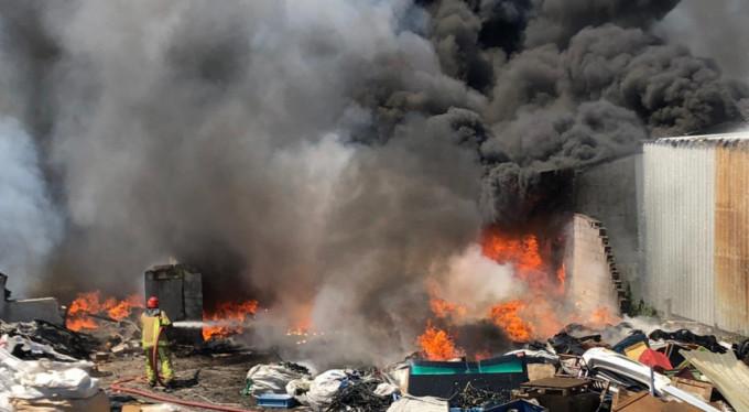 Bursa'da yangın paniği! 7 kişi...