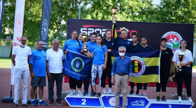 Büyükşehir'de ilk kupa atletizmden