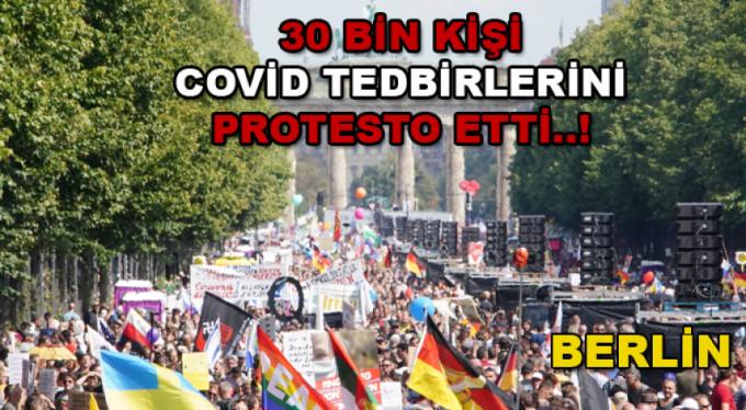 Almanya'da COVİD 19 protestosu