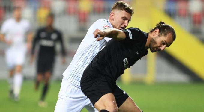Bursaspor'da en çok top kaybı Burak Kapacak'tan