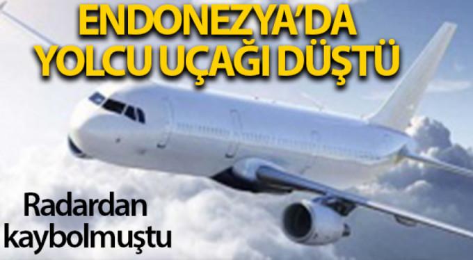 Edonezya'da yolcu uçağı düştü
