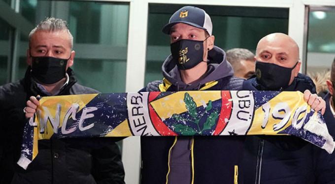 Fenerbahçe, Mesut Özil'i açıkladı