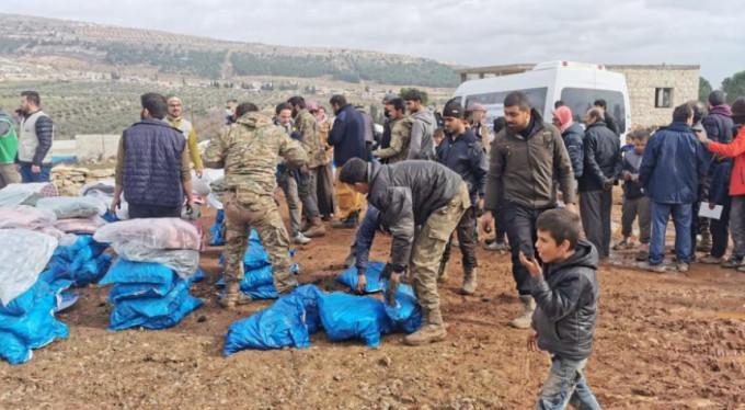 Bursa'dan İdlib'e 600 bin liralık dev yardım