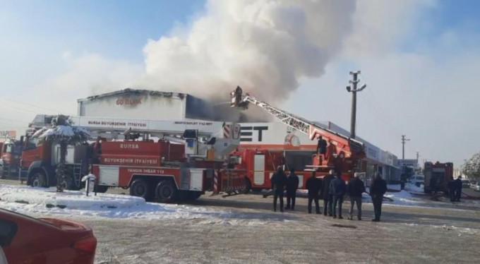 Bursa'da fabrikada korkutan yangın