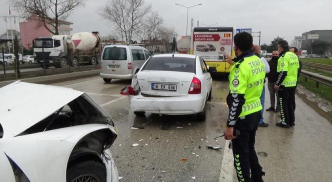 Bursa'da zincirleme kaza korkuttu