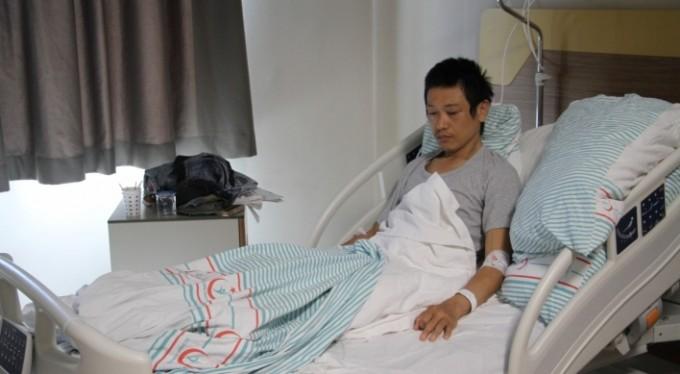 Japonya'dan bisikletle geldi. Türkiye'de dişini fırçalarken bıçaklandı