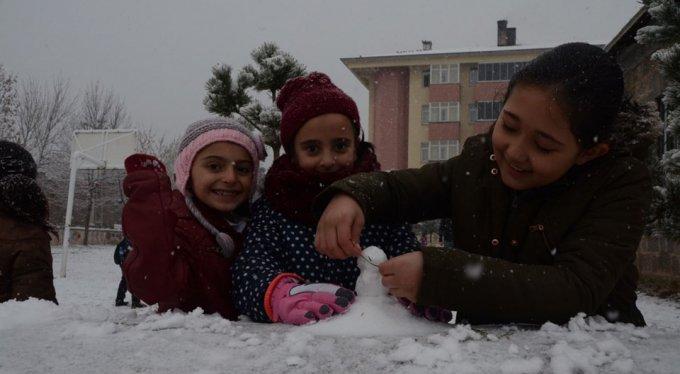 Beklenen kar yağışı başladı!