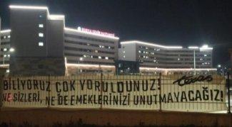 Bursasporlu taraftarlardan sağlık çalışanlarına  destek