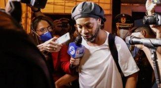 Ronaldinho'ya 4 yıldızlı ev hapsi!