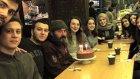 Dönüştürülebilir kağıt toplayan Mehmet Kadir Karamanlı'ya öğrencilerden doğum günü sürprizi